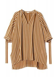 <img class='new_mark_img1' src='https://img.shop-pro.jp/img/new/icons1.gif' style='border:none;display:inline;margin:0px;padding:0px;width:auto;' />Rito (21SS)STRIPE JACQUARD HALF SLEEVE TOP Brown