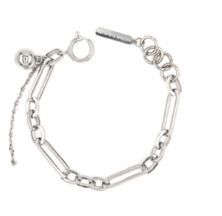 <img class='new_mark_img1' src='https://img.shop-pro.jp/img/new/icons1.gif' style='border:none;display:inline;margin:0px;padding:0px;width:auto;' />JUSTINE CLENQUET Ali bracelet