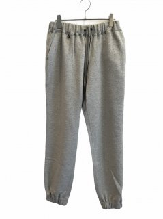 <img class='new_mark_img1' src='https://img.shop-pro.jp/img/new/icons1.gif' style='border:none;display:inline;margin:0px;padding:0px;width:auto;' />ATON (21SS)SWEAT PANTS TOP GRAY