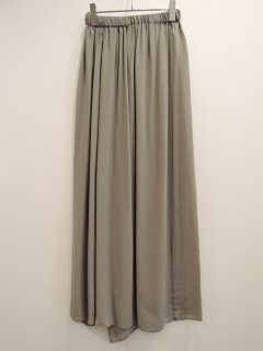 <img class='new_mark_img1' src='https://img.shop-pro.jp/img/new/icons1.gif' style='border:none;display:inline;margin:0px;padding:0px;width:auto;' />ATON (21SS)BACK DRAPED SKIRT Charcoal Gray