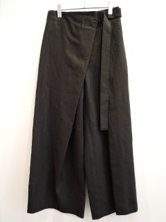 <img class='new_mark_img1' src='https://img.shop-pro.jp/img/new/icons1.gif' style='border:none;display:inline;margin:0px;padding:0px;width:auto;' />ATON (21SS)BELTED PANTS Black