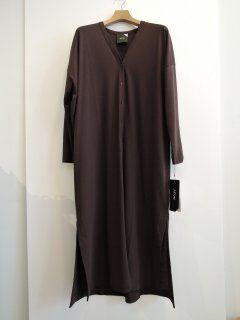 <img class='new_mark_img1' src='https://img.shop-pro.jp/img/new/icons1.gif' style='border:none;display:inline;margin:0px;padding:0px;width:auto;' />ATON(21SS)LONG CARDIGAN  Brown