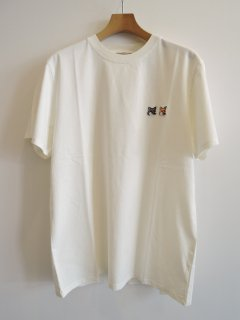 <img class='new_mark_img1' src='https://img.shop-pro.jp/img/new/icons1.gif' style='border:none;display:inline;margin:0px;padding:0px;width:auto;' />MAISON KITSUNE(21ss) TEE-SHIRT DOUBLE FOX HEAD PATCH Latte