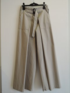 <img class='new_mark_img1' src='https://img.shop-pro.jp/img/new/icons1.gif' style='border:none;display:inline;margin:0px;padding:0px;width:auto;' />THE RERACS (21SS) WRAP PANTS BEIGE