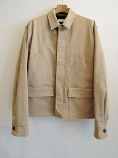 <img class='new_mark_img1' src='https://img.shop-pro.jp/img/new/icons1.gif' style='border:none;display:inline;margin:0px;padding:0px;width:auto;' />MAISON KITSUNE(21SS) WORKER JACKET Beige