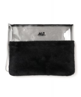 <img class='new_mark_img1' src='https://img.shop-pro.jp/img/new/icons41.gif' style='border:none;display:inline;margin:0px;padding:0px;width:auto;' />BLACK FUR CLUTCH