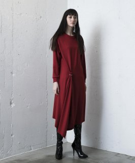 <img class='new_mark_img1' src='https://img.shop-pro.jp/img/new/icons41.gif' style='border:none;display:inline;margin:0px;padding:0px;width:auto;' />TUCK FLARE DRESS