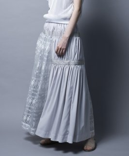 <img class='new_mark_img1' src='https://img.shop-pro.jp/img/new/icons41.gif' style='border:none;display:inline;margin:0px;padding:0px;width:auto;' />LACE OPAL SKIRT