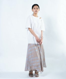 <img class='new_mark_img1' src='https://img.shop-pro.jp/img/new/icons41.gif' style='border:none;display:inline;margin:0px;padding:0px;width:auto;' />LETTER SHIRT DRESS