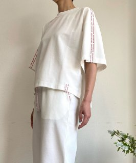 【ONLINE STORE限定】TAPE T-SHIRT