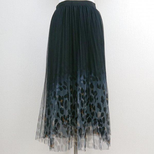 レオパード柄プリーツチュールスカート