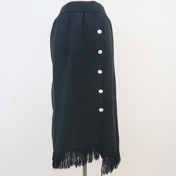 ブラックニットタイトスカート