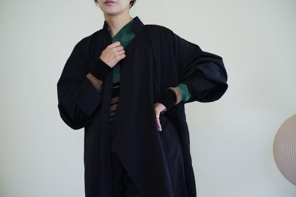 JUN MIKAMI ナイロンツイルチャイナローブ(BLACK)