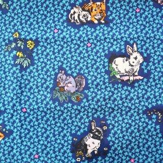 クローバー青と動物 USAカット布100cm