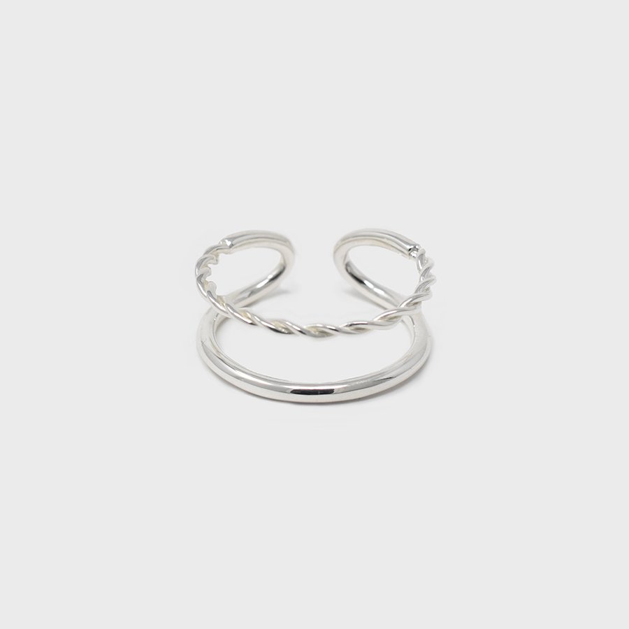"UNKNOWN. U079 "" PLY "" RING / SILVER"