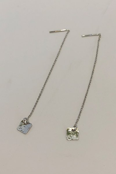 【charlotte wooning】Earring martelee chaine