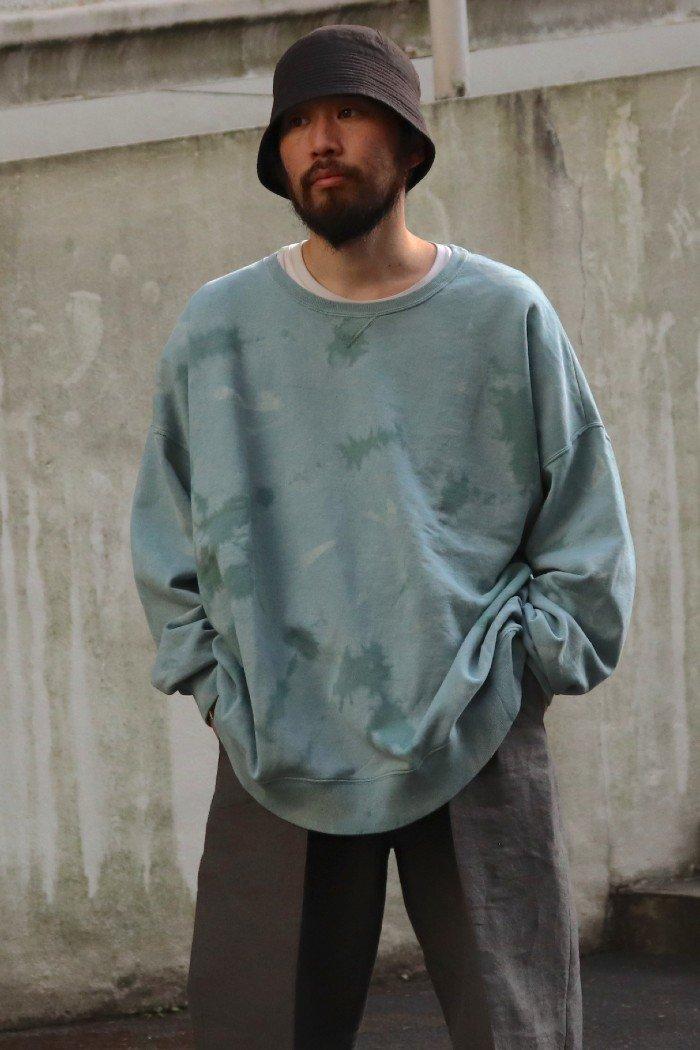 TOTALLY BLOWN【CREW NECK SWEAT SHIRTS / Sage】