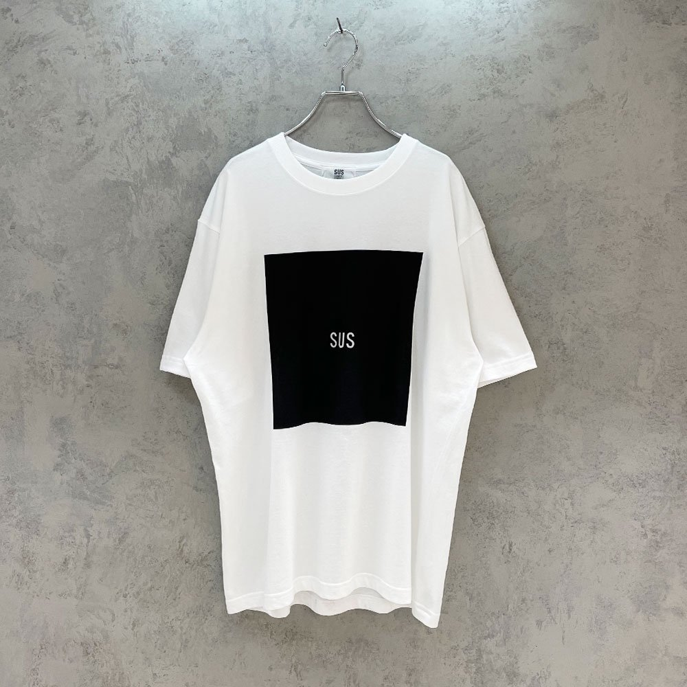 SUS by. SUSPEREAL/  BOX TEE (WHT/BLK)
