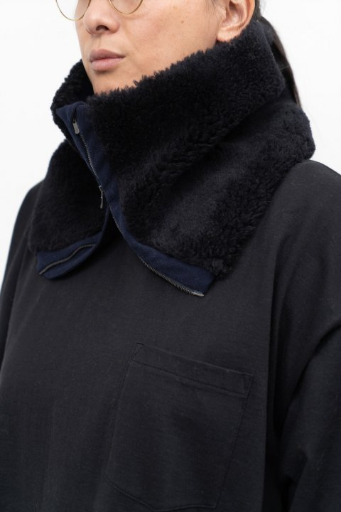 <img class='new_mark_img1' src='https://img.shop-pro.jp/img/new/icons21.gif' style='border:none;display:inline;margin:0px;padding:0px;width:auto;' />Arles Wool Boa Neck Warmer