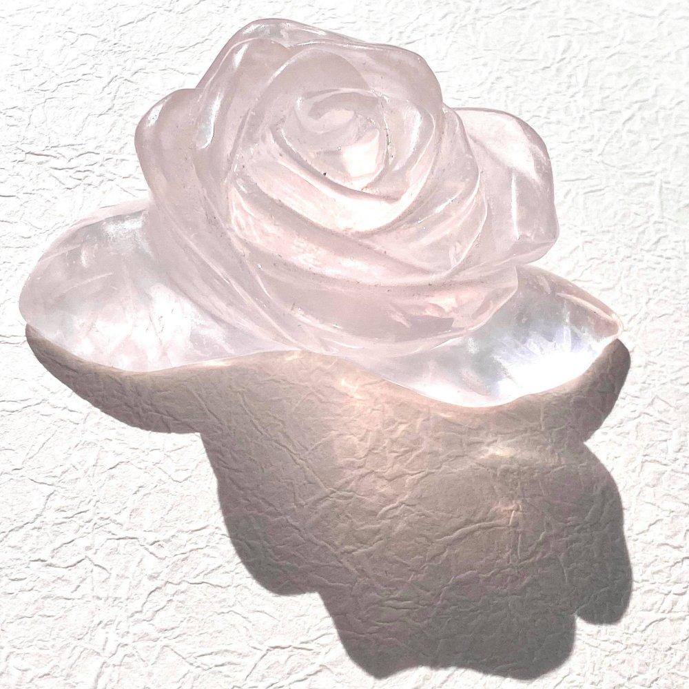 ローズクオーツの薔薇(B)