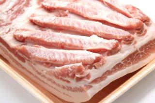 JAうご産 豚肉 バラ肉(お得なブロック)1kg 送料無料