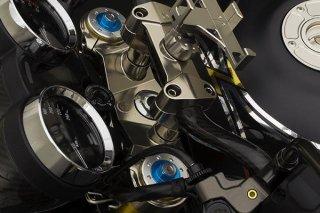CNC ビレット アルミニウム ステアリング トリプルクランプ トップブリッジ