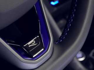 Volkswagen AG<br>ステアリングホイールトリム<br>New R Logo