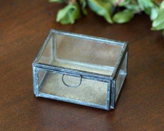 ディスプレイ什器: メタルフレーム ガラスケース(小)