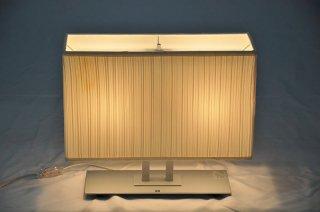 【メーカー参考価格の71%〜OFF】現品限り モデルルーム展示品 yamagiwa BAUMN テーブルランプ2018年製【送料無料】28857