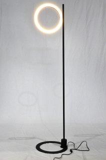 【メーカー参考価格の73%〜OFF】現品限り モデルルーム展示品 DAIKO フロアスタンド2018年製【送料無料】29665