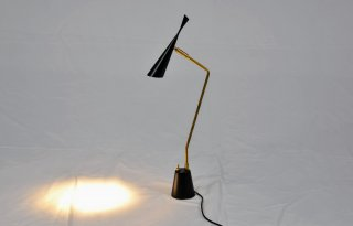 モデルルーム展示品 ARTWORKSTUDIO Gossip-LED デスクライト30015
