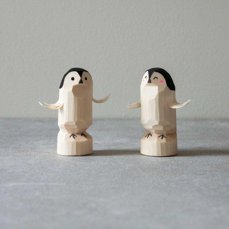 笹野一刀彫 子ペンギン (おたか三兄弟)