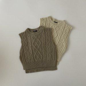 knit vest / Aosta
