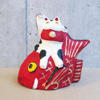 六原張り子 鯛乗り招き猫