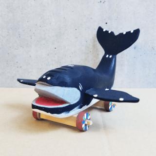 木彫鯨車(大)