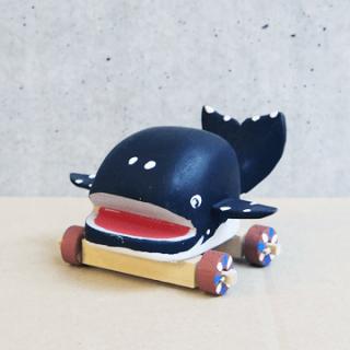 木彫鯨車(丸大)