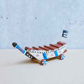 木彫鯨船(小)