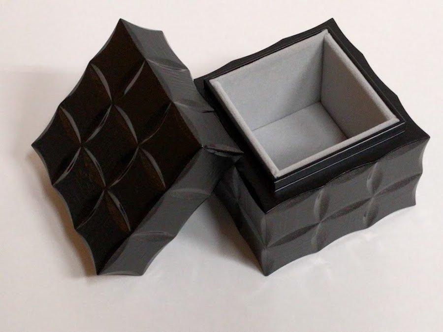 couru/芦田直子・漆| urushi cube | 〜オンライン工芸展 2021〜