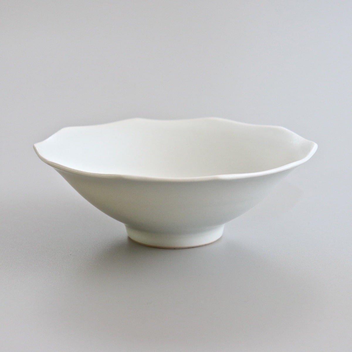 白磁蓮花鉢