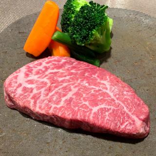 熟成黒毛和牛特選赤身ステーキ