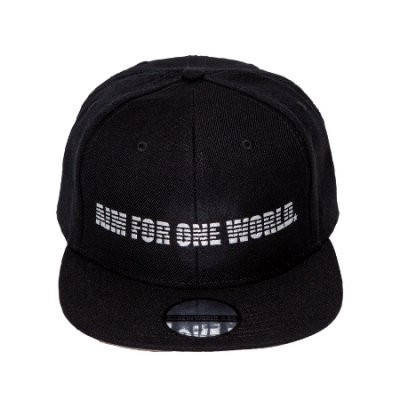 snap back cap<br>(AIM FOR ONE WORLD)
