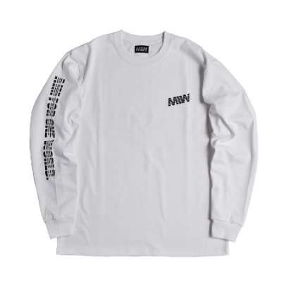 <img class='new_mark_img1' src='https://img.shop-pro.jp/img/new/icons14.gif' style='border:none;display:inline;margin:0px;padding:0px;width:auto;' />heavy weight crew neck long sleeve tee <br />(AIM FOR ONE WORLD) white