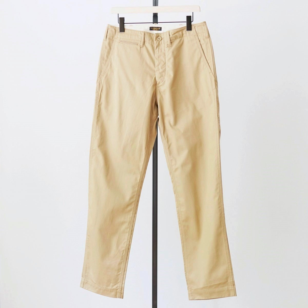 【AVONTADE アボンタージ】CLASSIC CHINO TROUSERS ( REGULAR FIT ) - BEIGE