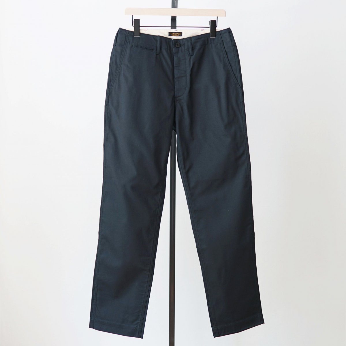 【AVONTADE アボンタージ】CLASSIC CHINO TROUSERS REGULAR FIT - DK NAVY