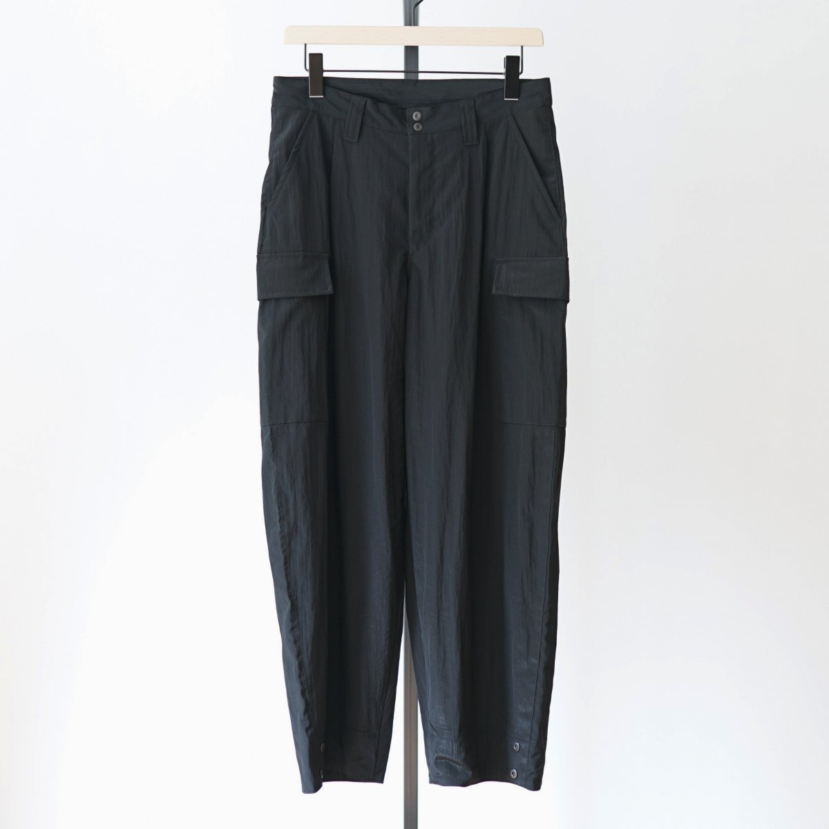 【WHOWHAT フーワット】WIDE CARGO PANTS - BLACK