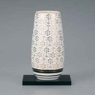 8号花瓶 白粒鉄仙