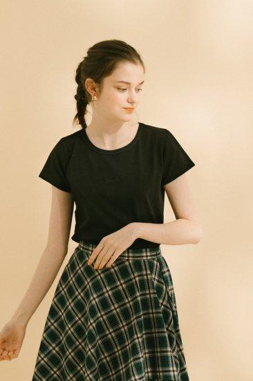 ロゴ刺繍Tシャツ(ブラック)