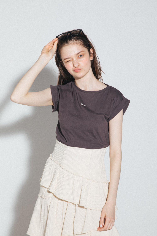 フレンチスリーブロゴ刺繍Tシャツ(チャコール)