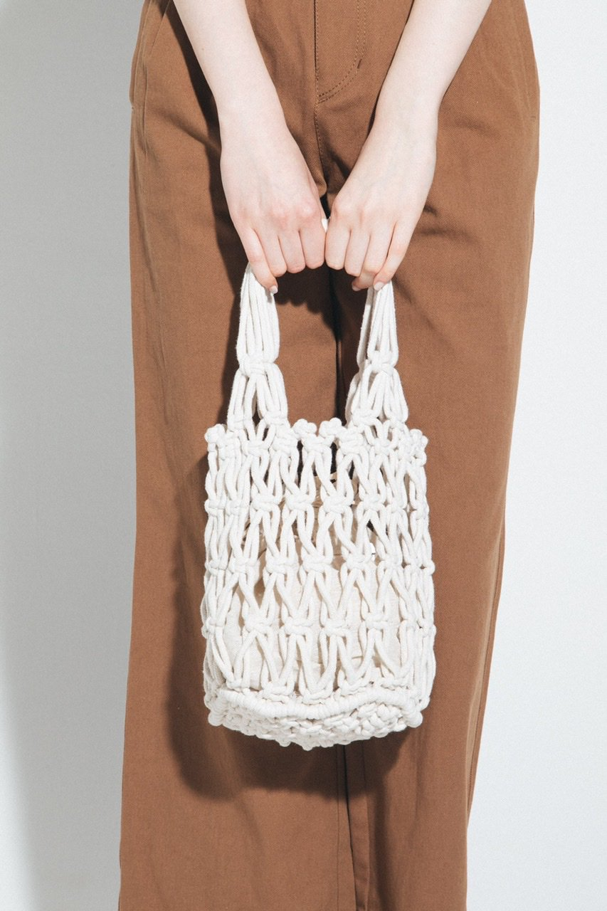 マクラメ編みバッグ