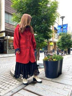 元町リバーシブルコート - レッド<ミディアム丈>
